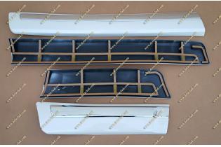 Молдинги на двери  Toyota Land Cruiser 200 широкие, белые (перламутр) тип 2