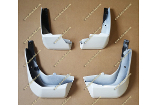 Брызговики Honda Fit с 13г.- белые