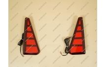 Катафоты в бампер на Toyota Voxy 80 c 2014г.- красные