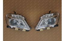 Фары Nissan Patrol 62 бегущий поворотник, ксенон с 2010г.-
