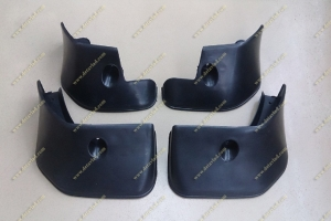 Брызговики Toyota Corolla Fielder 06-12г. Черные